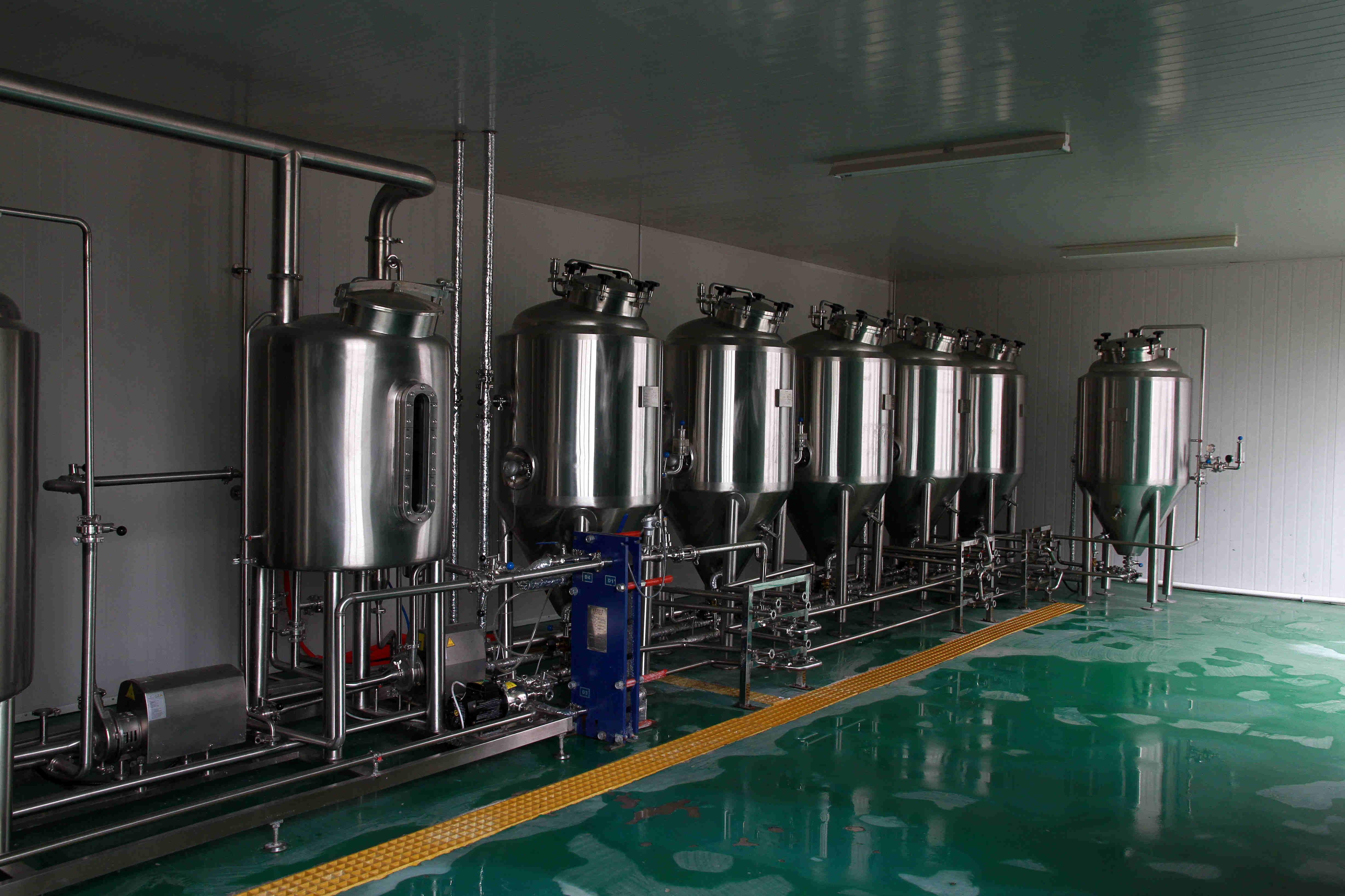 stainless steel-craft beer equipment.jpg