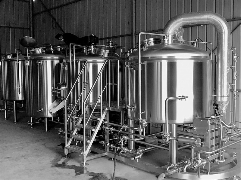 10HL-BEER BREWING-EXHIBITION-HOTLE-BREWERY-SYSTEM.jpg