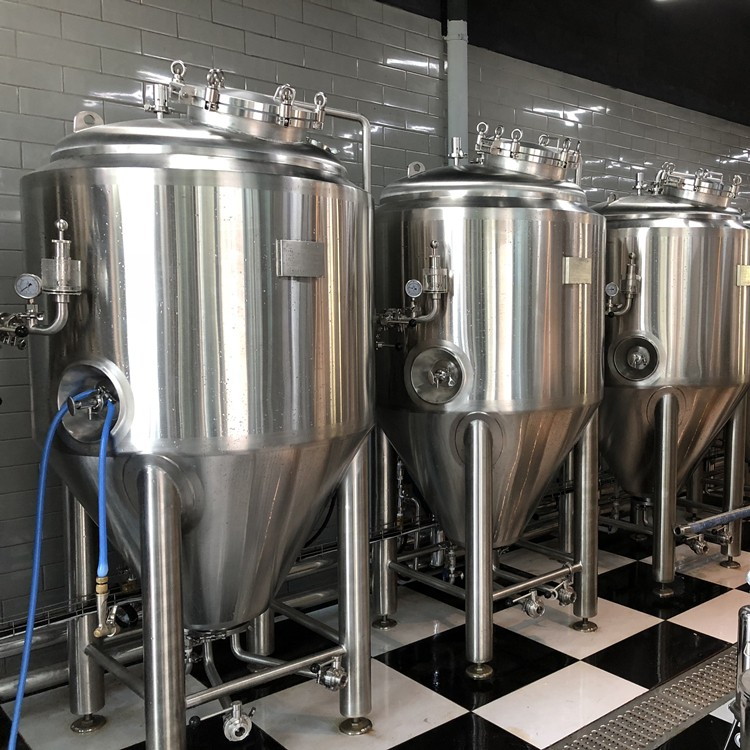 stainless steel tanks-jacketed tank-fermentation vessels-cider fermentation vessels.jpg