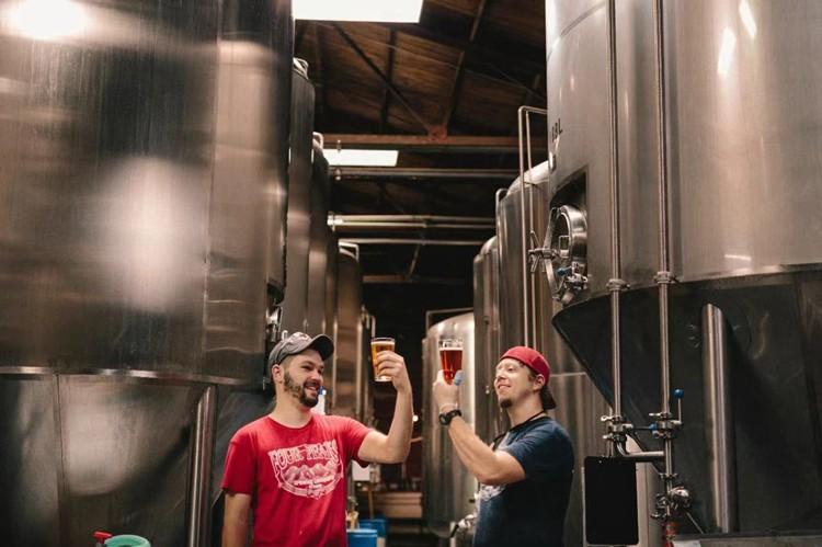 craft beer brewery-brewing equipment choosing.jpg