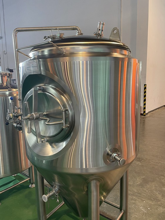 jacketed fermenter-conical cooling fermenter-fermentation tank-1000L.JPG